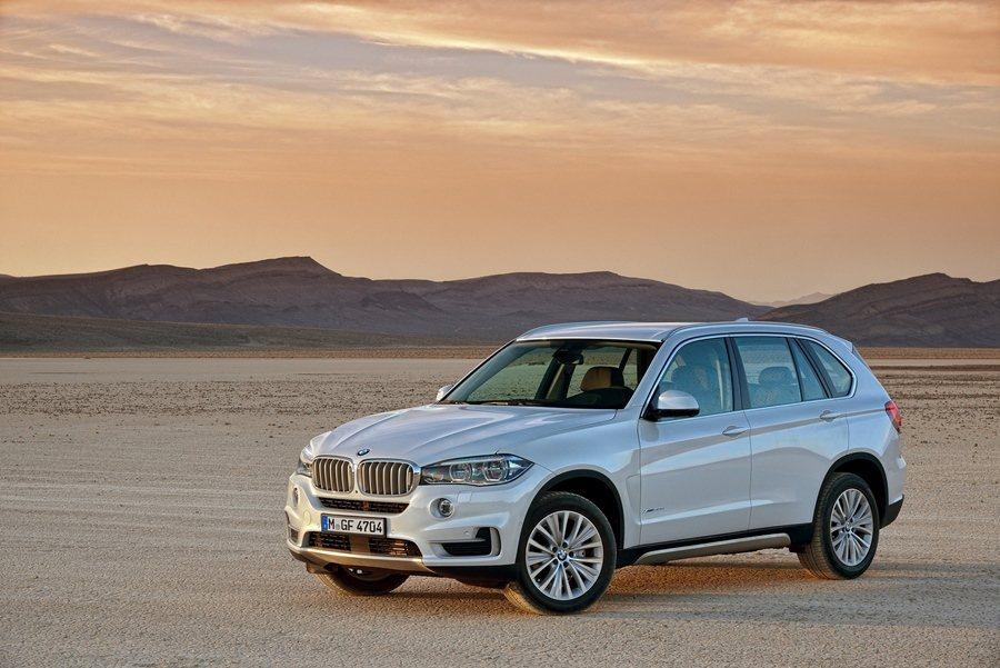 BMW_X5即日推出配備升級優惠專案。 圖/BMW提供