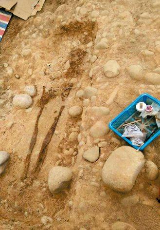 安和自辦重劃區曾挖出距今4800年前的史前人骨。 圖/市府提供