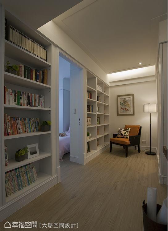 ▲有時候界定空間不必砌牆,利用漂亮的櫃體取代隔間,不僅看起來賞心悅目,實用性也大...