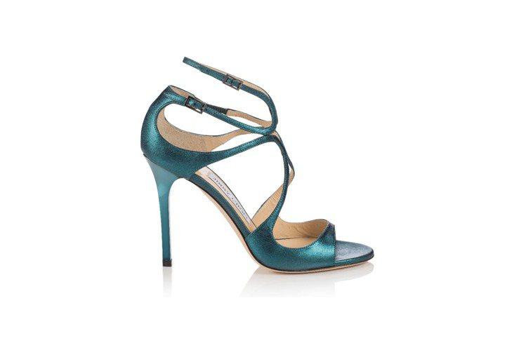 亮色系的高跟涼鞋也是秋冬可嘗試的款式。圖/Jimmy Choo提供