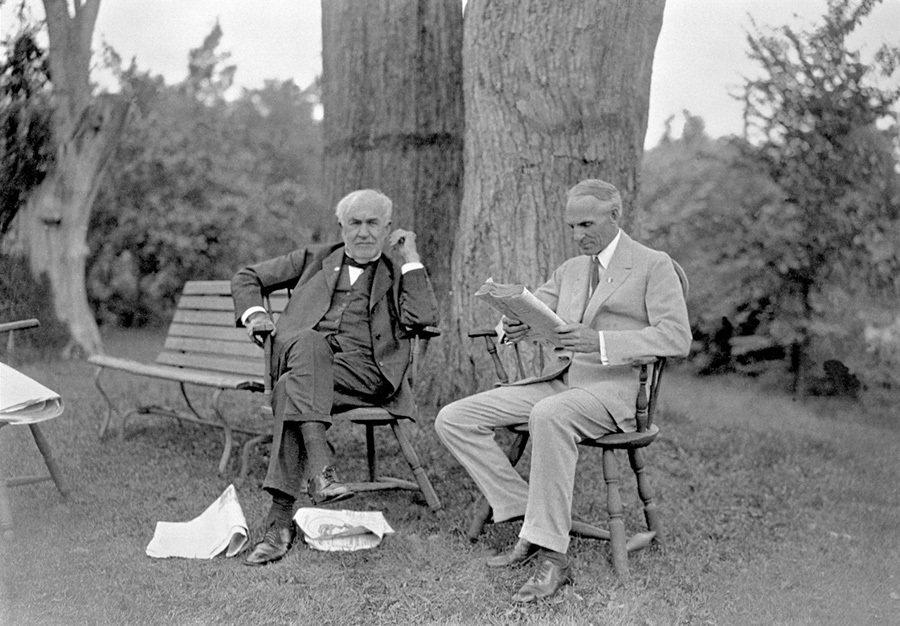 湯瑪斯·愛迪生與亨利·福特。 Ford提供