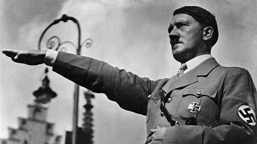 納粹首領 Adolf Hitler希特勒。 摘自expeltheparasite...