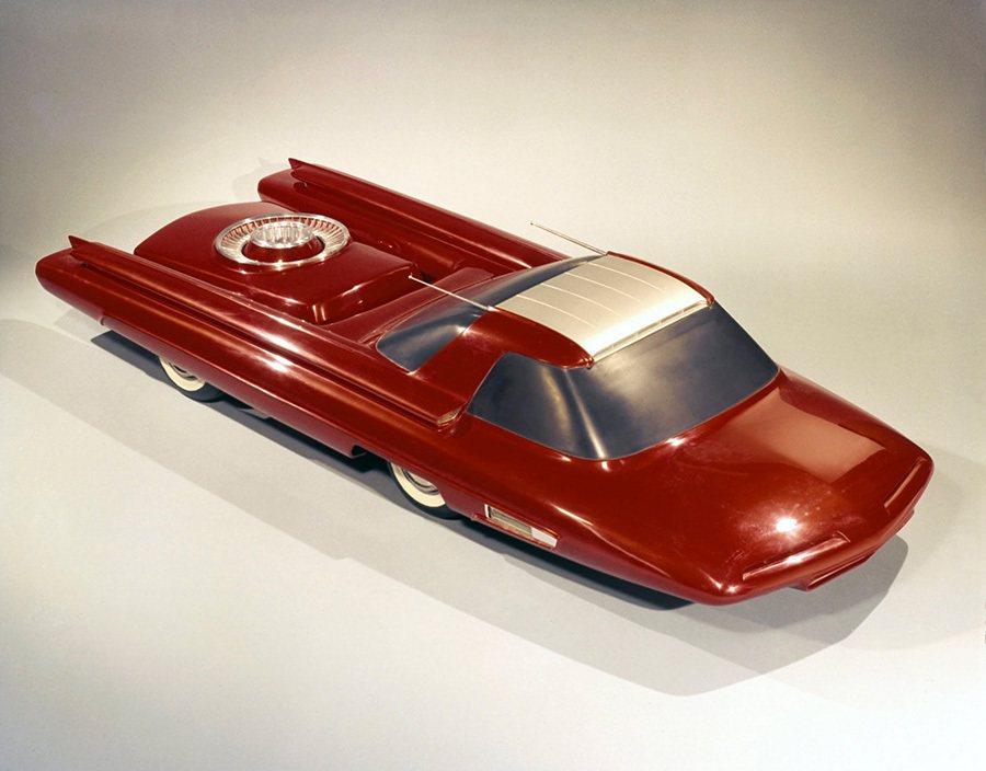Ford Nucleon concept概念車的3/8模型。 摘自blog.he...