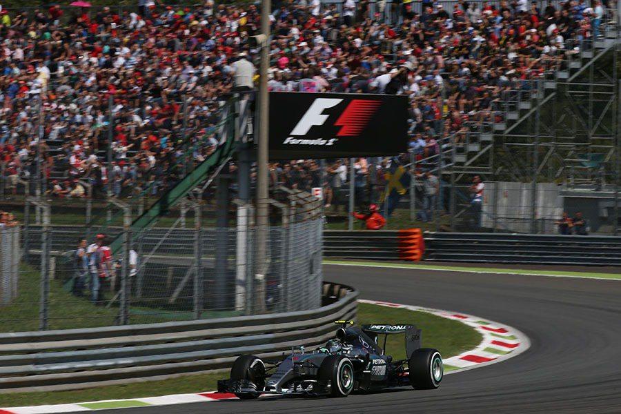 Monza 賽道充滿挑戰,含複合式減速彎、高速彎角及著名的Parabolica彎...