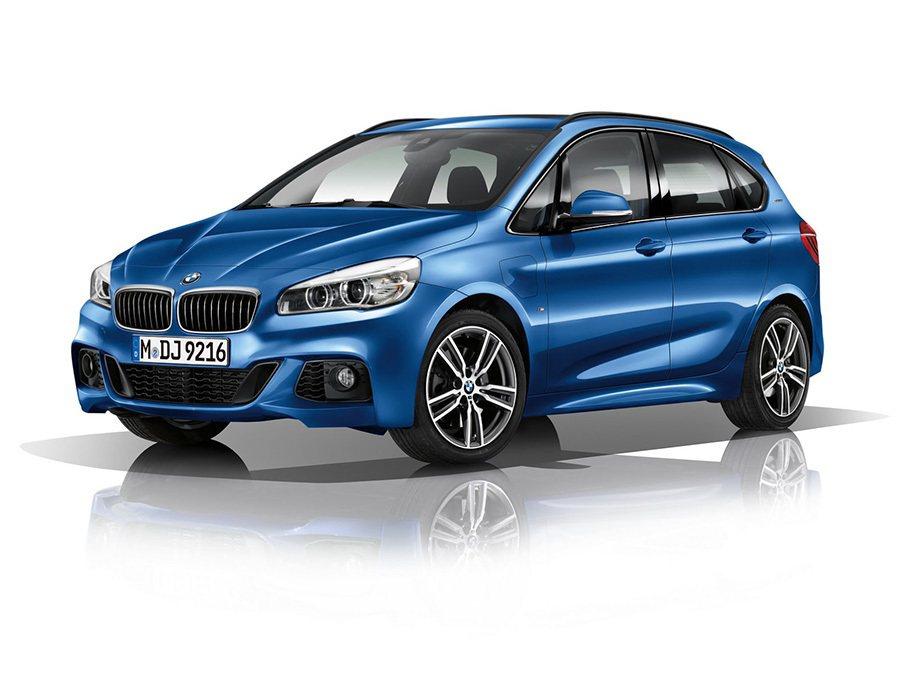 計劃於今年底在德國上市的225xe插電式油電混合車售價將由37,800歐元起跳。 BMW提供