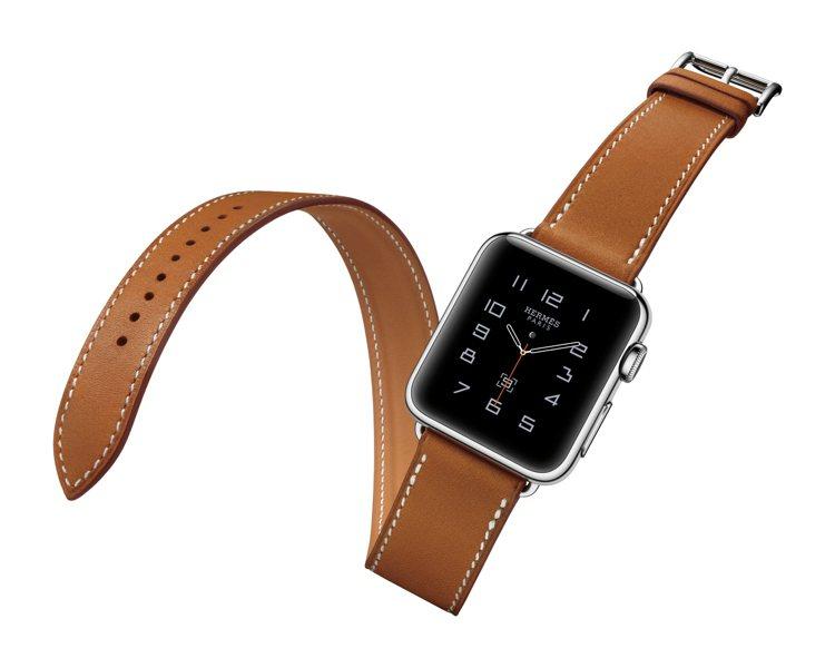 愛馬仕系列蘋果智能手表有38mm和42mm兩種尺寸,並內建三款愛馬仕表盤設計。圖...