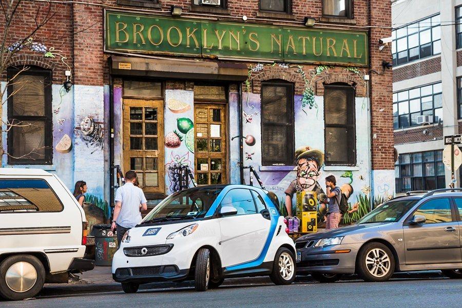 Car2go主要使用的車輛是賓士副牌smart的fortwo微型車,目前在全球8個國家30個城市都已建立Car2go的系統。 圖/ Car2go提供