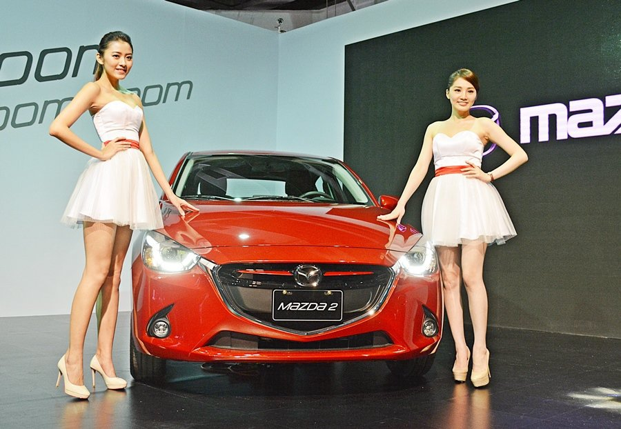台灣馬自達11日宣布Mazda2正式上市,並公布售價,以63.9萬起跳的低價,搶國產小車訂單 記者趙惠群/攝影