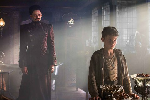 「傲慢與偏見」、「贖罪」導演喬萊特電影「潘恩:航向夢幻島」,以新角度詮釋小飛俠彼得潘恩的故事,飾演該角的新人萊維米勒從上千位試鏡者脫穎而出,年僅12歲的他第一次演戲就讓同台的休傑克曼讚譽有加,直稱他...