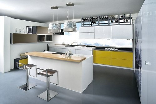 顛覆長期以來以白色為基調的廚具設計趨勢,透過專業色彩規劃,大膽跳色,不論是鮮豔的...