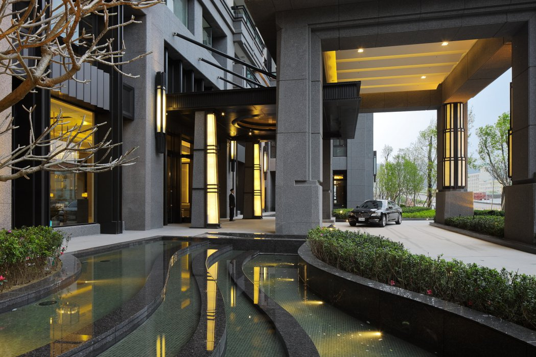 皇苑「御桂園林」在美術館青海路上,零店面設計。