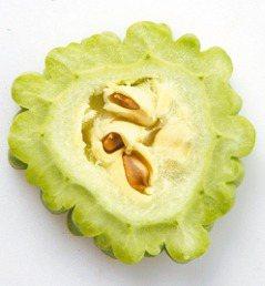 經期間應少吃性冷食物,如西瓜、苦瓜等。 圖/本報資料照片