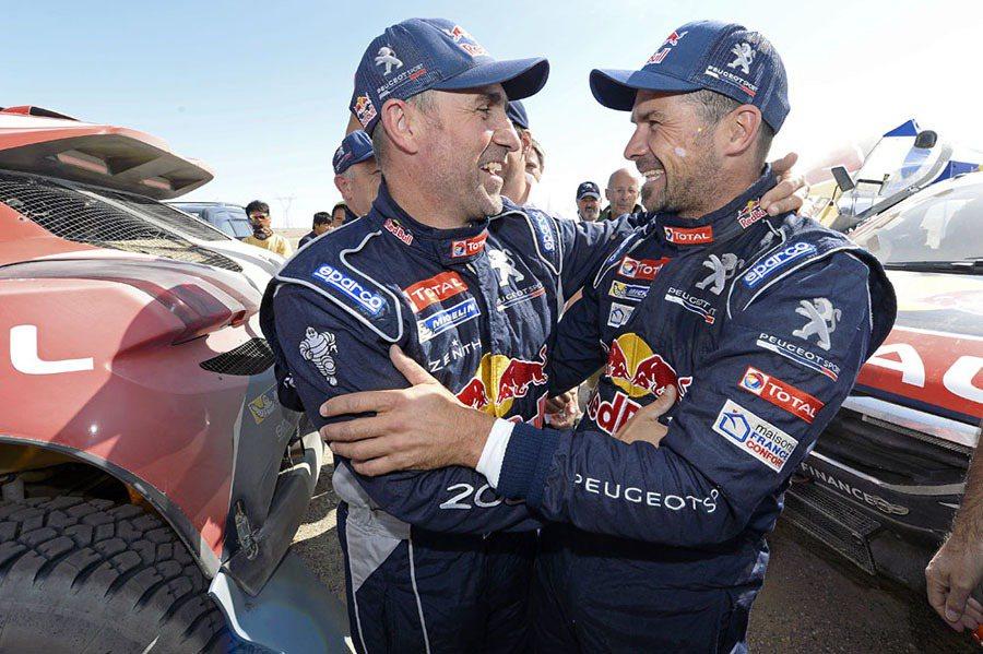 PEUGEOT TOTAL車隊由Stéphane Peterhansel與Cyril Despres 兩位車手駕駛PEUGEOT 2008 DKR參加絲綢之路中國越野拉力賽長征。 PEUGEOT提供