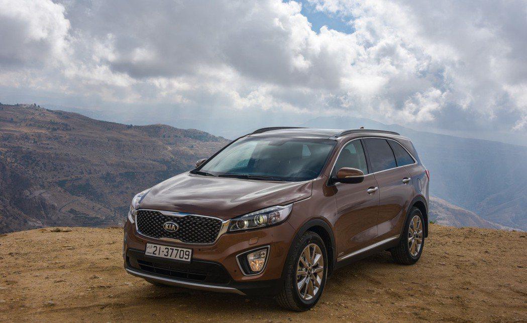 據台灣森那美起亞表示,年底台北車展有望展出KIA旗下七人座SUV Soranto。 KIA提供
