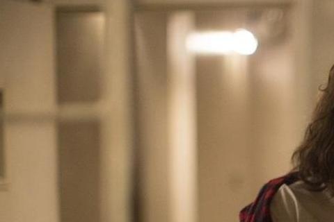 新生代女星克莉絲汀史都華(Kristen Stewart)因主演《暮光之城》系列,創下全球破千億台幣票房,一躍成為全球矚目的女星。近年來更勇於突破演技,挑戰不同類型角色,與影帝、影后合作,在各項國際...
