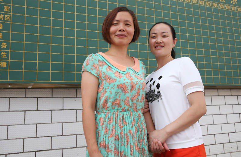 宣恩民族實驗中學老師黃杰(左)及黃麗(右)。記者徐兆玄/攝影