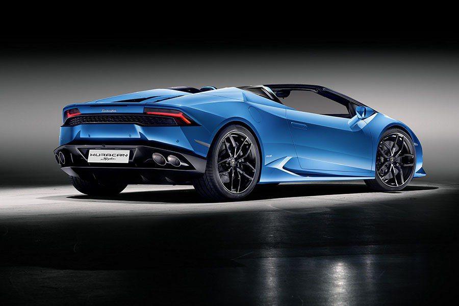 擁有5.2升排量,在8,250轉時可輸出610匹的最大馬力,並在6,500轉提供高達560 Nm的最大扭力。 Lamborghini提供