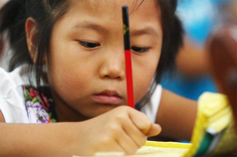 大陸偏鄉學校普遍存在教學資源貧乏及師資不足的問題。記者徐兆玄/攝影