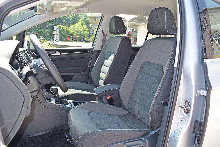 Sportsvan有質感和包覆性皆優的座椅。  記者趙惠群/攝影