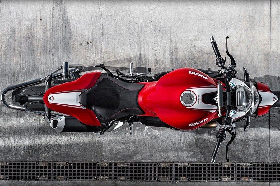 車尾的線條做了修飾,更有著賽車的線條但還是有著Monster獨特的魅力。 Ducati提供