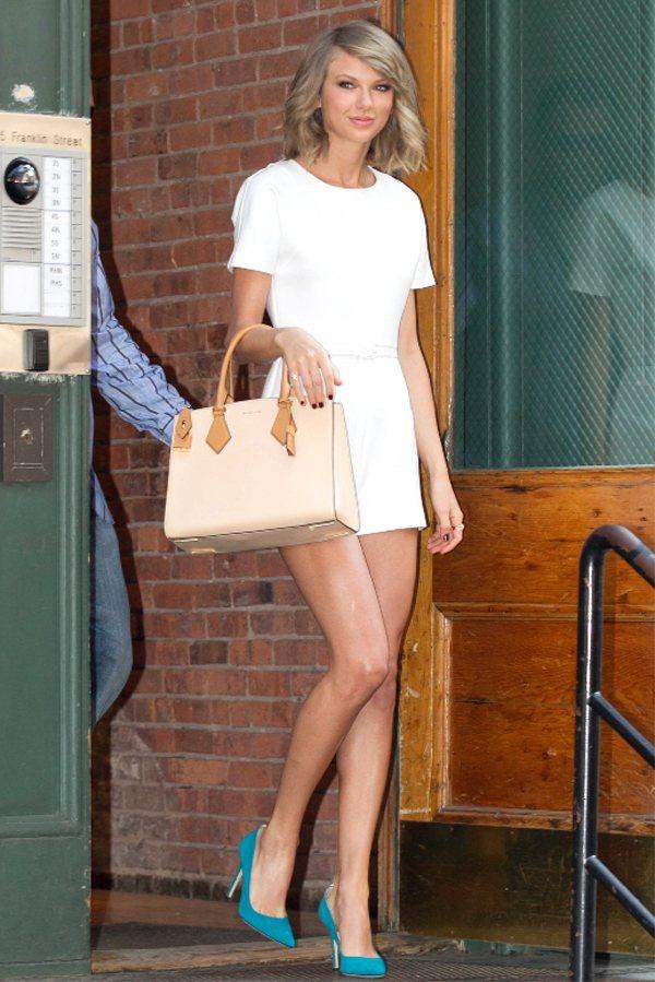 泰勒絲受封最性感美腿。圖/MICHAEL KORS提供
