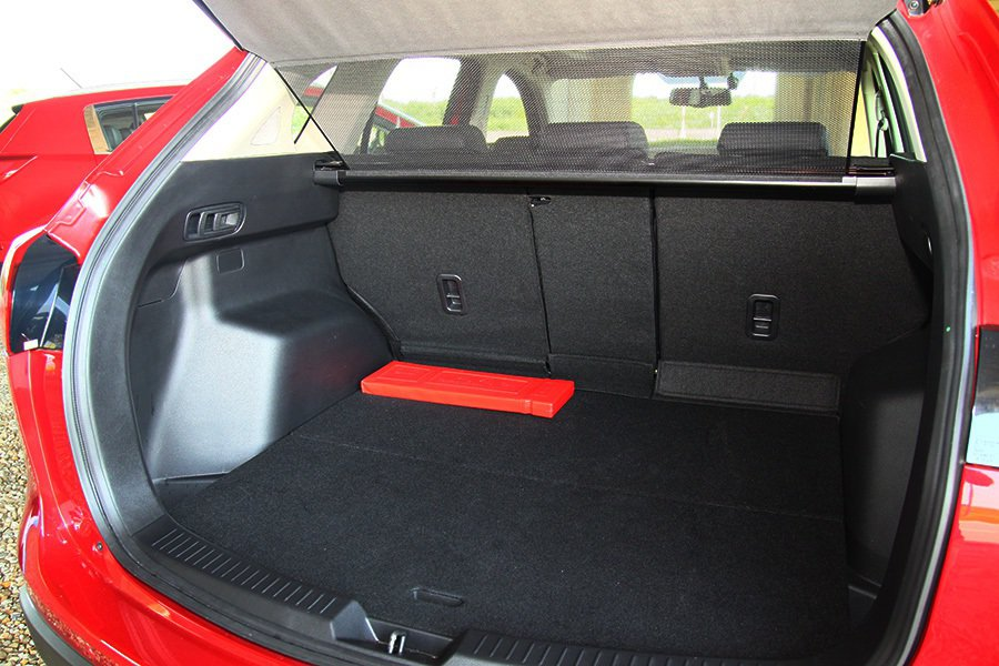 Mazda CX-5行李箱空間。 記者敖啟恩/攝影