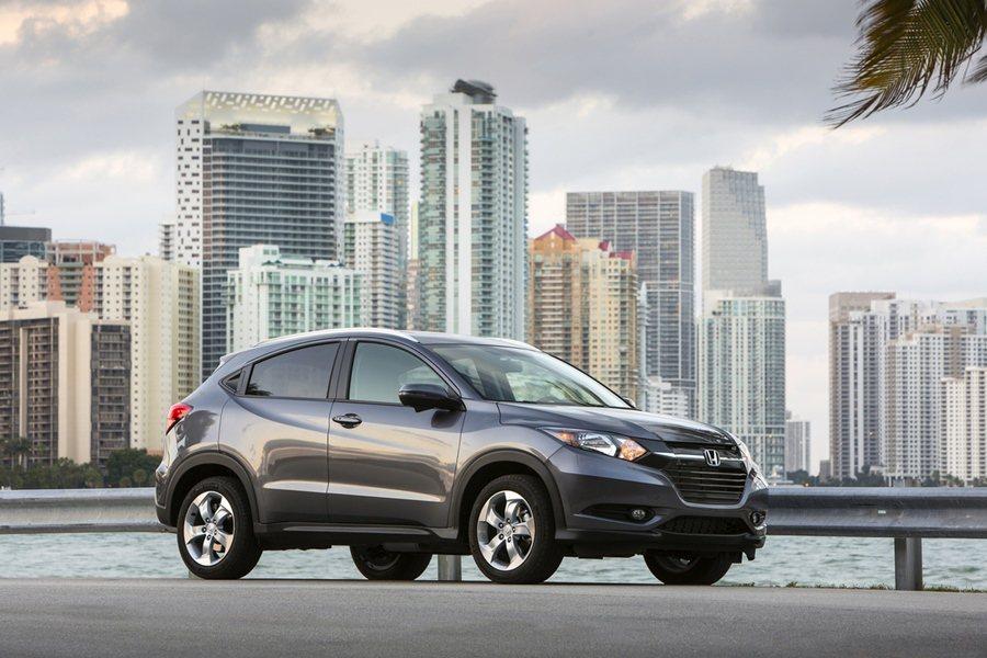 HONDA的CR-V本月在台銷售突破15萬輛,是台灣最暢銷的SUV運動休旅車,H...