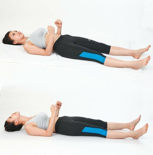 4、上臂撐頭法(圖片提供/風和文創)