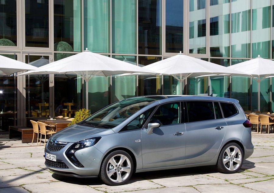 Opel Zafira Tourer的氮氧化物排放量超出法規9.5倍。 圖/Opel提供