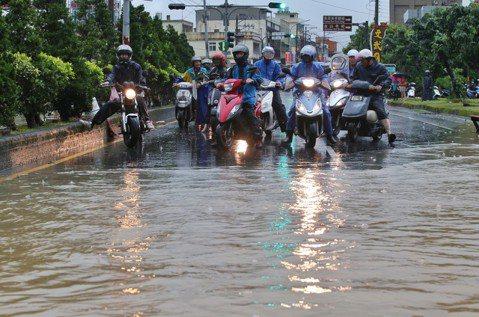 想像一個海綿城市:水旱災並存的台灣,水管理從破除排水迷思開始