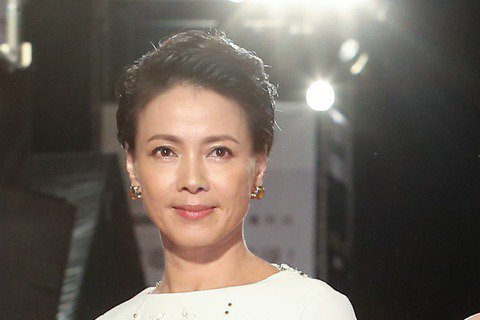歷屆戲劇女主角獎高慧君(右起)、王美雪、柯淑勤。