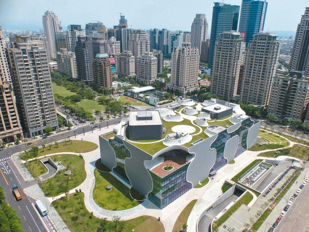 「喜全真鑄」建案坐擁台中國家歌劇院的美景。 本報系資料庫