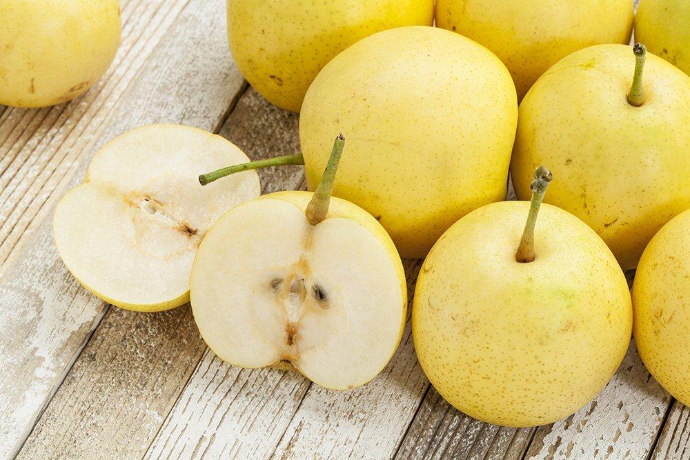 吃白色的食物能夠幫助滋潤身體,例如米飯、薏苡仁,水梨也有滋潤的效果。 圖/ing...