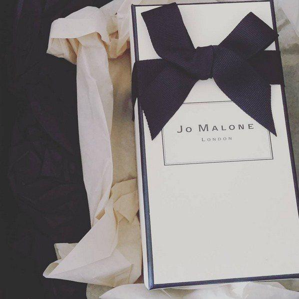 Jo Malone 英國梨與小蒼蘭。圖/擷自Instagram