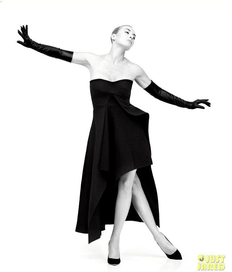 凱特溫絲蕾性感豐滿的身材一直是她的正字標誌。圖/擷自justjared.com