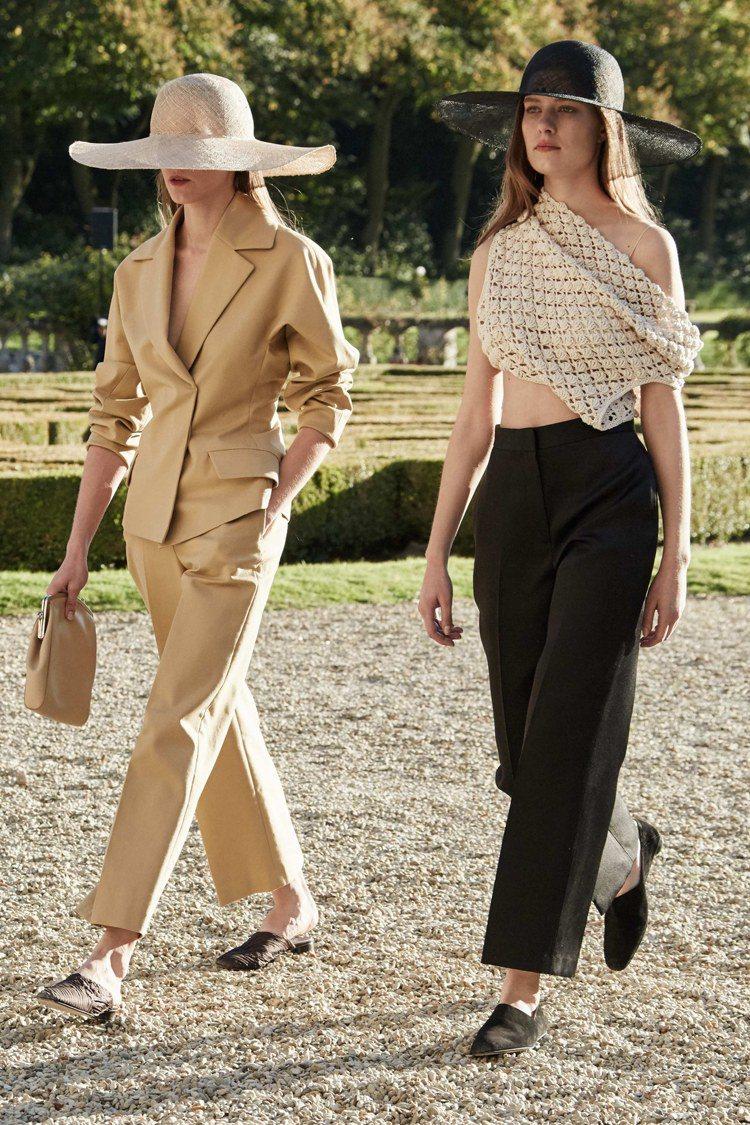 奧森雙胞胎的品牌 The Row 在巴黎時裝周展示2016春夏系列。圖/擷取自網...