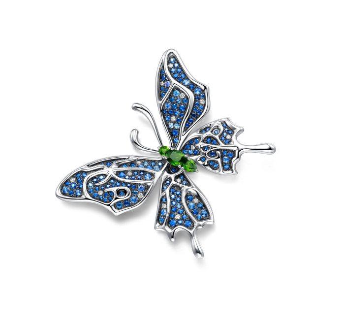 萌動•動物珠寶系列—蝶•美 (藍)。圖/周大福提供