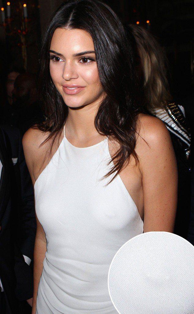坎達爾珍娜最近衣著頻露點。圖/擷自eonline.com
