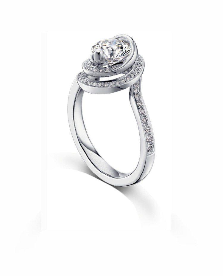 完美一爪鑲PT950鉑金30分美鑽戒指One Life推薦價64,000元起。圖...