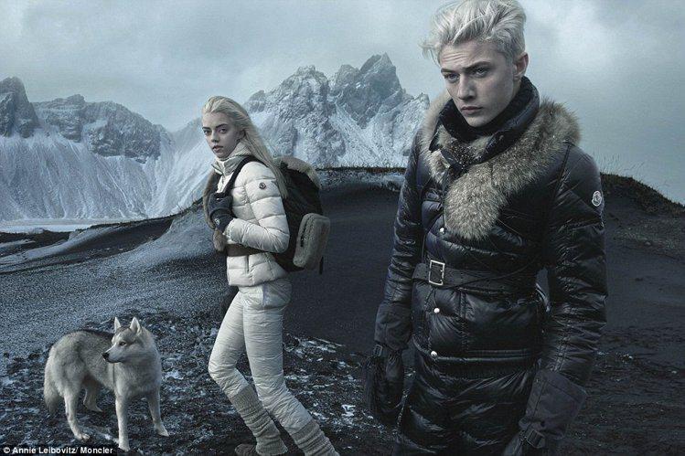 模特兒姊弟 Pyper 與 Lucky Smith 先前的冰島時尚攝影相當吸睛。...