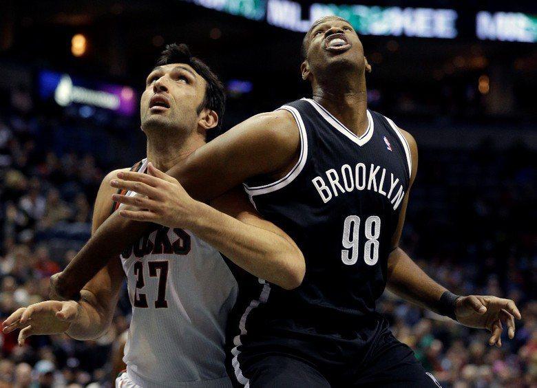 NBA球員Jason Collins(右),曾於2013年公開出櫃。 圖/美聯社