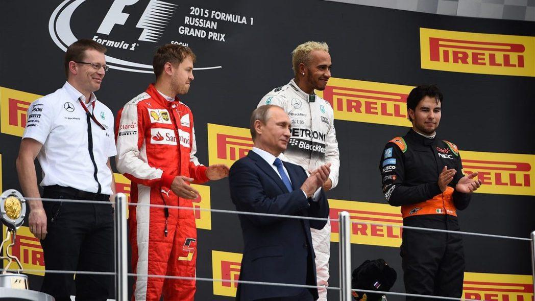 Hamilton拿下本季第9勝,生涯勝場數來到42場,正式超越A.Senna。幫...