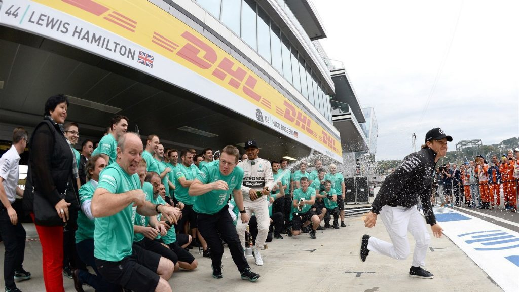 Mercedes車隊連奪改制1.5升V6渦輪時代以來的第二座冠軍,不過獨霸優勢已...