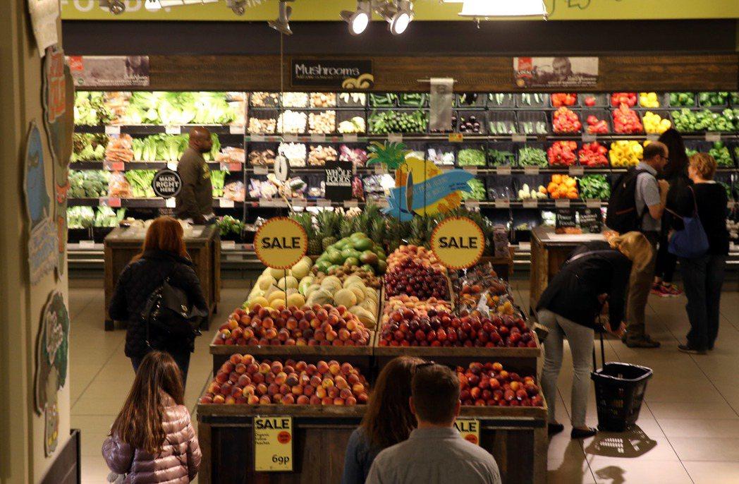 全食物(WholeFood)是歐美知名的有機高價超市,他們在官網表示,會將店內賣...