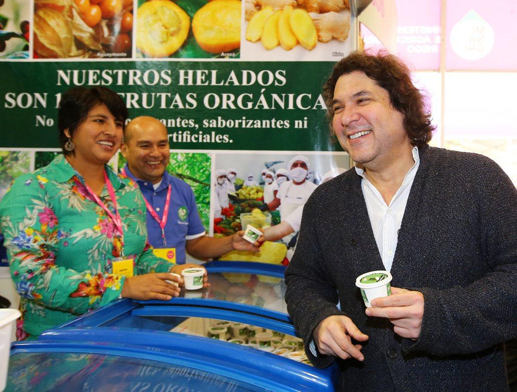 秘魯明星主廚阿庫裡歐(Gaston Acurio)深信廚師對國家的貢獻,絕對不亞...