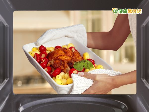從營養成分來看,微波烹調可以保留較多的營養素。