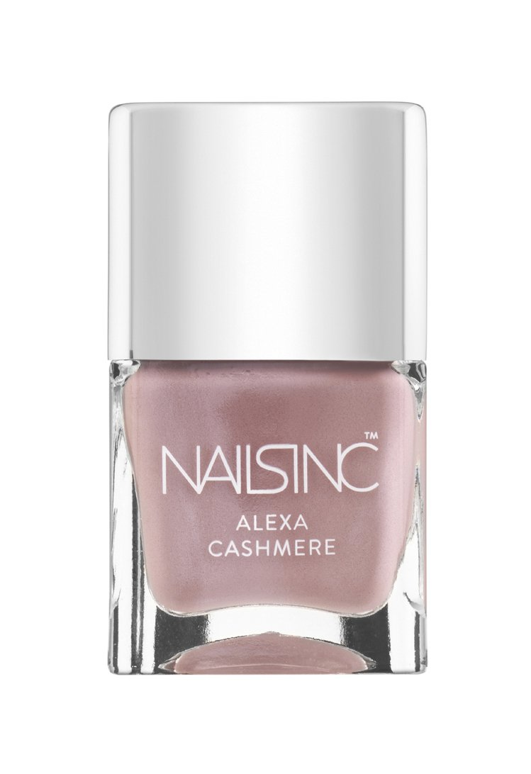 Alexa Cashmere 可打造喀什米爾毛料觸感。圖/Nails Inc.提...
