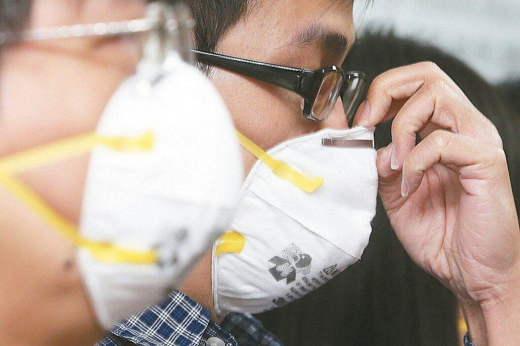 世界衛生組織(WHO)已把PM2.5認定為第一級致癌物質,但空氣汙染目前沒有有效...