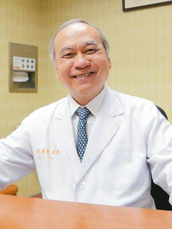 「亞洲換肝之父」陳肇隆拓展肝臟移植30多年,把台灣肝臟移植技術推至國際頂峰。 記...