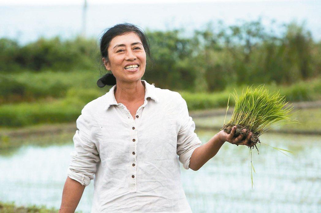 花蓮豐濱鄉港口部落的舒米.如妮推動水梯田復育,讓土地有了生機,她的故事被拍成電影...